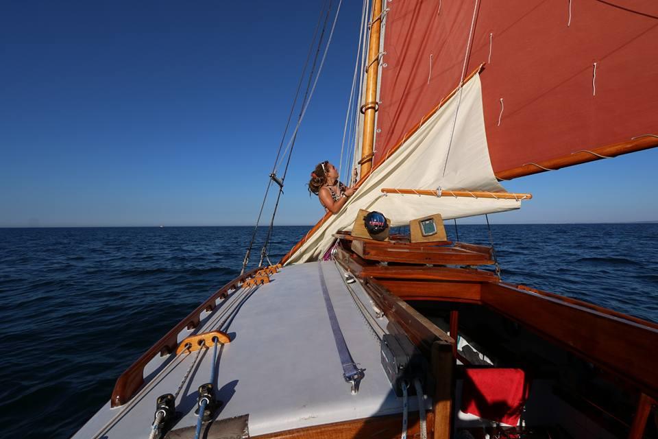 Eleanor-Deirdre-Jackyard-Topsail-launch-SaltyJobs
