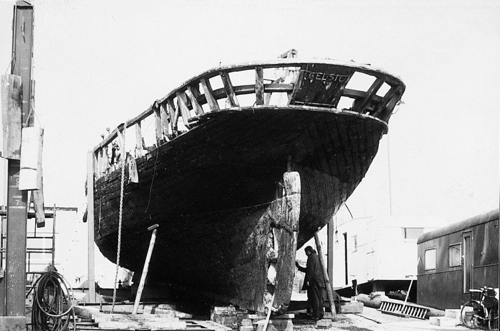 Excelsior-Rebuilding-On-Slipway-SaltyJobs